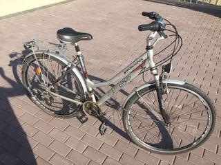 Bicicleta din aluminiu