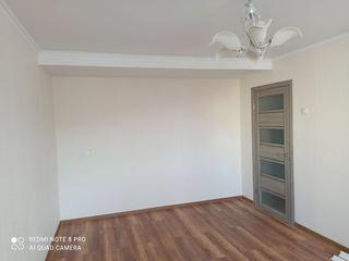 Se vinde apartament pe Sculeanca