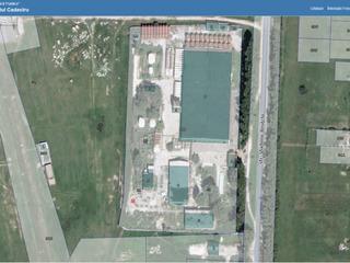 Teren 1721404.111 privat 4 Hectare cu destinatie sub constructii+Depozit 7200 metri patrati(60x120).