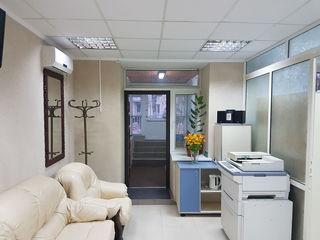 Vinzare, Riscani, oficiu, 66 mp, 52000 €