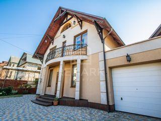 Chirie Casa 260 mp, com. Stăuceni, str. Trandafirilor, 1250  €