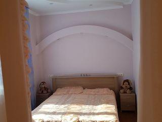 Sireti, Centru, casa superba. Sauna, terasa, sera