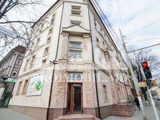 Chirie oficii de lux, str. B. Bodoni/ București 235 mp.