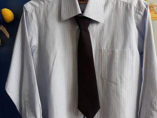 Школьная рубашка + брюки на первоклассника.Рост 120 - 128 см.