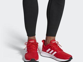 Мужские кроссовки Adidas в оригинале.