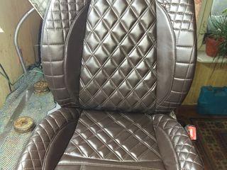 У манежа..ремонт сидений. поролона..пошив чехлов из винила..Эко кожзам ..велюра.Потолки.  .и.т.д.