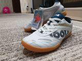 Продам кроссовки для тенниса фирмы joola .Новые !