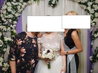 Супер красивое платье, на рост 160-165 и вес 60-65 кг., одето один раз,новая модель,торг, обмен на..