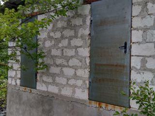 Участок в Думбраве со строением