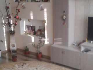 apartament cu euroreparatie de calitate.