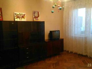 Proprietarul da in chirie apartament cu 1 camera la Botanica cu 135 euro lunar