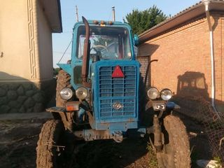 Tractor de vînzare