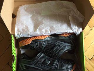 Adidasi. Кроссовки. Dunlop