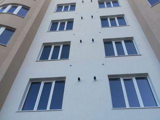 Apartament bilateral cu doua odai in casa noua
