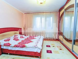 Chirie apartament cu 4 camere!!! Str. Albișoara, 420 euro