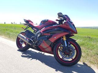 Yamaha r600
