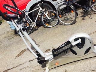 Продам велотренажёр из германии в идеальном состоянии.торг.