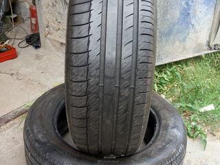 R17 235/55 Michelin , лето ,  80%. 2шт. - 1000 Лей. На одном есть боковая дырочка, надо клеить.
