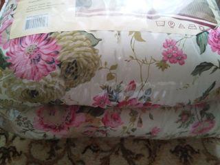 Новое яркое,легкое двухспальное одеяло