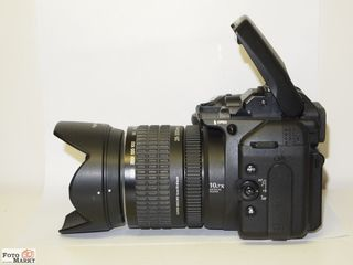 Vând aparat foto Fujifilm FinPix S 9500