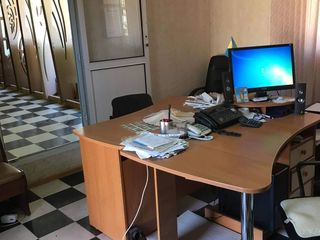Spatiu comercial 100 m2 in chirie Leova / торговое помещение в аренду Леова