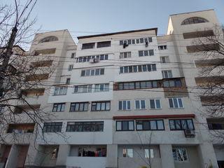 Centru, Apartament cu 2 odai, 56 m2 - 34800euro