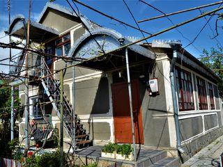 Se vinde Casa de 138 mp, cu 7 ari adiacenti la doar 32500!!!