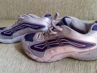 кроссовки 44.5 размера в хорошем состоянии