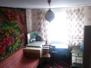 Сдам помесячно квартиру в Бельцах