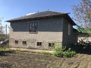 Casa raionul Falesti,satul Ilenuta