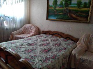 O camera pentru un baiat