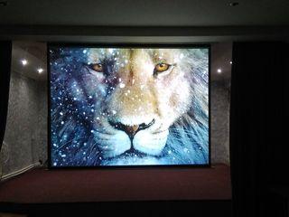 яркий проектор BenQ и смотреть фильмы станет интересней на большом экране, гарантия