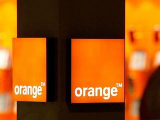 Orange 17 ani în rețea