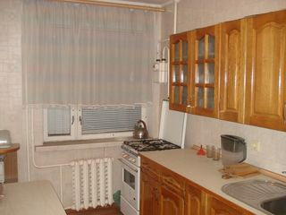Продается трех комнатная  квартира, г. Тирасполь, район Центр, ул. Манойлова 36