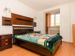 Vanzare  apartament cu 3 camere, Buiucani, str. Nicolae Costin 55000 €