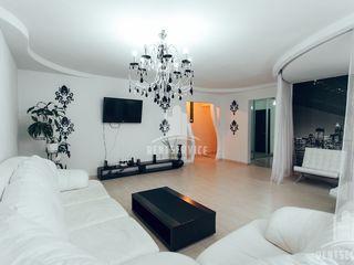 In chirie pe zile vip apartament cu 3 camere in centru pe Negruzzi