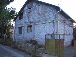 Продаю 1,5 этажный дом-дача 117кв.м. на 5,6 соток земли при вьезде с. Гидигич
