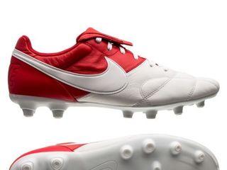 Nike/ noi