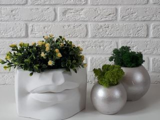 Obiecte de decor pentru casa si birou.Ghivece,vaze,suvenire.Ghips,beton.Decor scandinav.