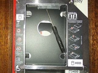 Адаптер HDD Caddy Sata to Sata 12,7 мм - 9.5mm.
