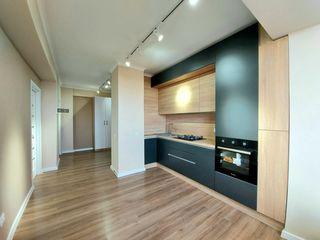 Vând apartament cu 2 camere + living, reparație euro, bloc nou, lîngă parc, M. Sadoveanu, Ciocana!