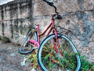 Куплю б/у или новые различные запчасти для велосипеда. Или велосипед на запчасти.