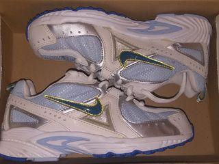 Продам кроссовки Nike оригинал, 35 размер!!!