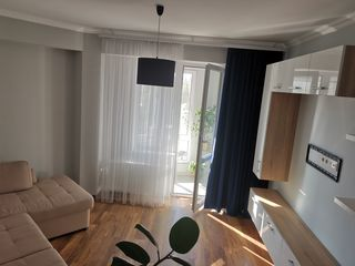 Un Dormitor + Living 330€ Stapin!