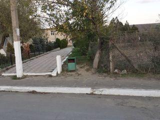Teren in centrul satului Salcuța fara agentii/ prețul se mai discuta