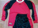 Форма футбольная , новая ,Rexer Italia размер M-L forma sportiva pentru Fotbal , noua marimea M-L