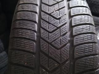 R17 235/65 Pirelli Scorpion Snow