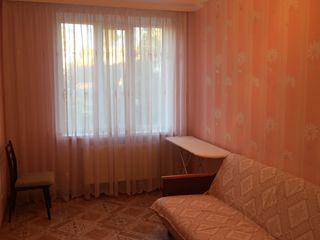 Квартира возле санатория. 3-х комнатная. Готова к въезду. Мебель вся остаётся в подарок.