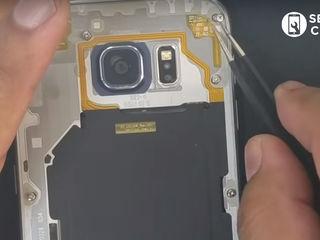 Samsung Galaxy J2 2018 ( SM-J250FZKDSER) Nu se încarcă smartphone-ul? Înlocuiți conectorul!