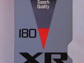 Видеокассета  JVC E180 XR